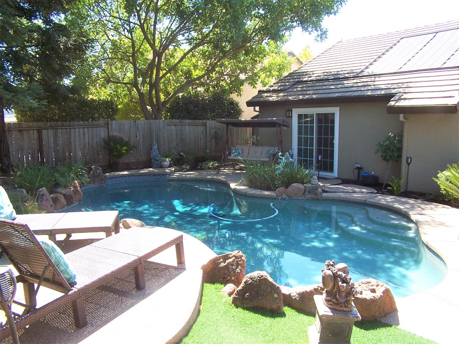 Photo 2 for Listing #221114141