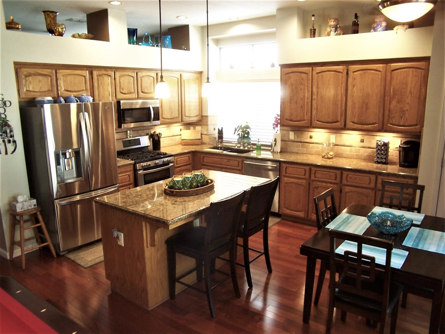 Photo 3 for Listing #221114141