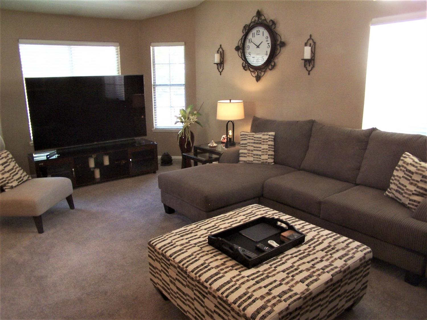 Photo 5 for Listing #221114141
