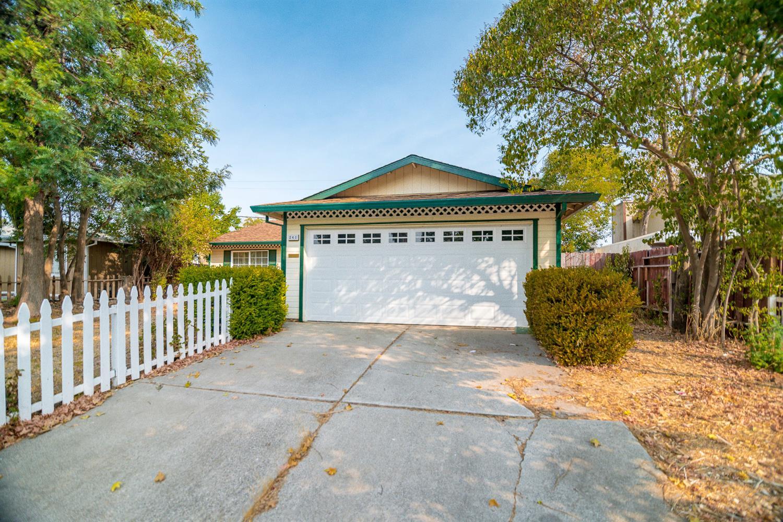 241 Graves Ave, Sacramento, CA, 95838