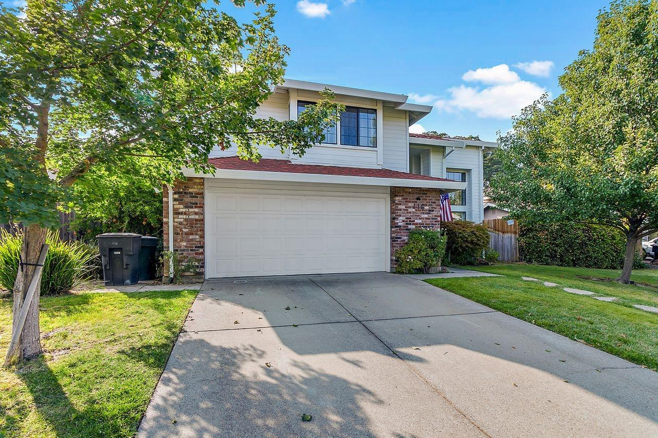Photo 2 for Listing #221117232
