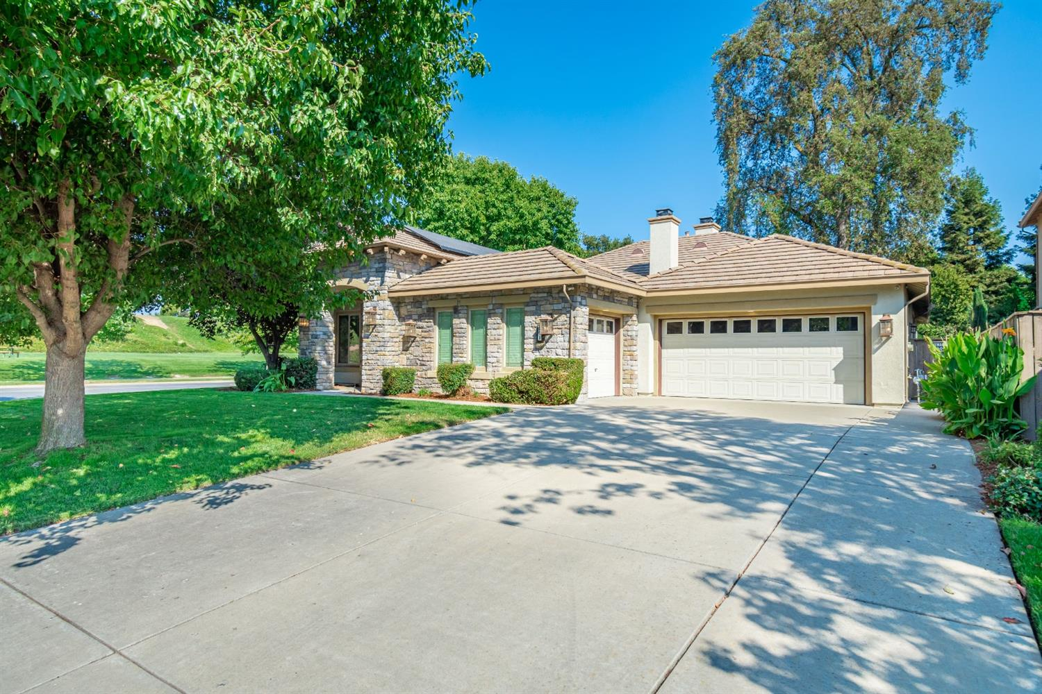 Photo of 201 Woodhaven Place, West Sacramento, CA 95605