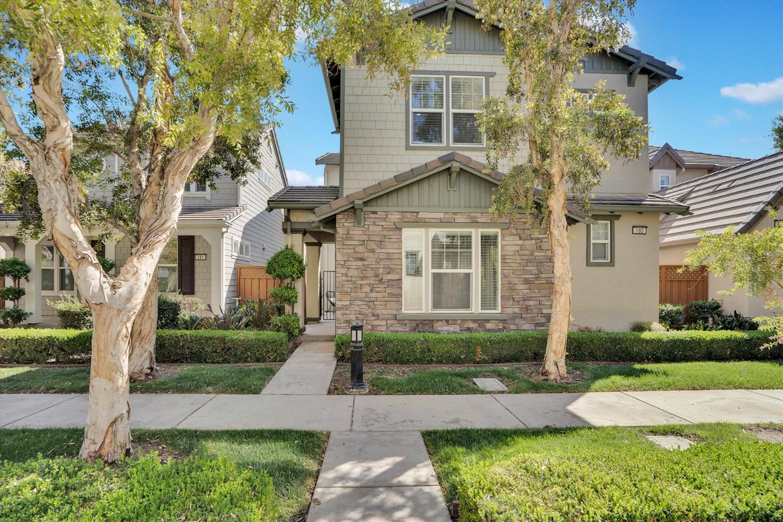 193 W Santa Barbara Way, Mountain House, CA 95391