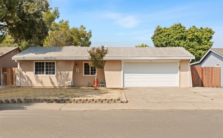 Photo of 3736 Moonbeam Drive, Sacramento, CA 95827