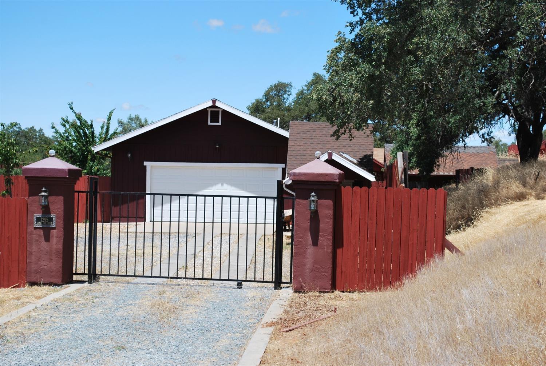 1295 Large Oak Drive , Placerville, CA 95667