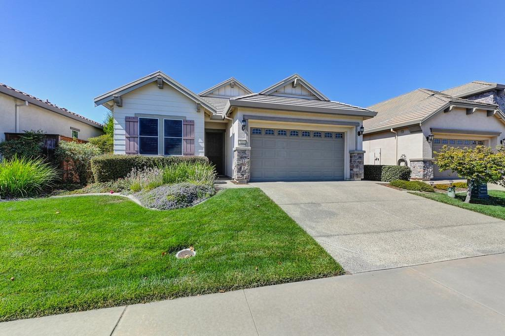 Photo 3 for Listing #221119312