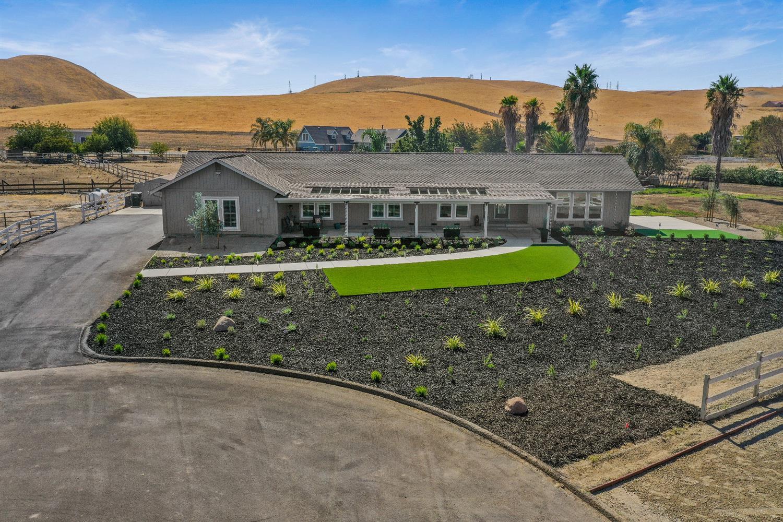 Photo of 34779 Brichetto Court, Tracy, CA 95377