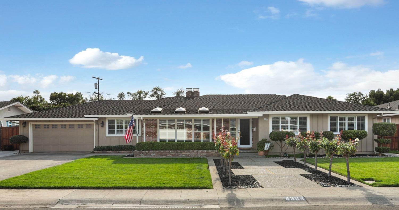 Photo of 4324 Oakridge Way, Stockton, CA 95204