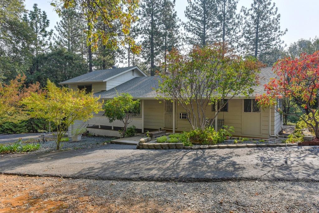 Photo of 13143 Mount Zion Road, Pine Grove, CA 95665