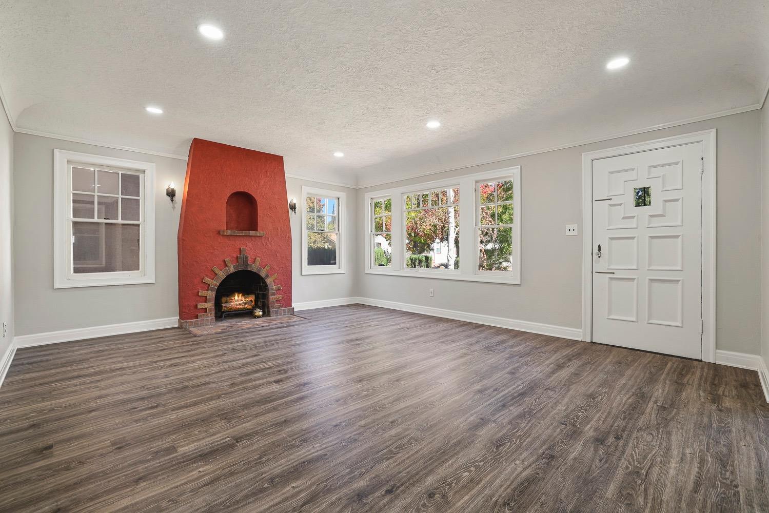 Photo of 1835 Ramona Avenue, Stockton, CA 95204