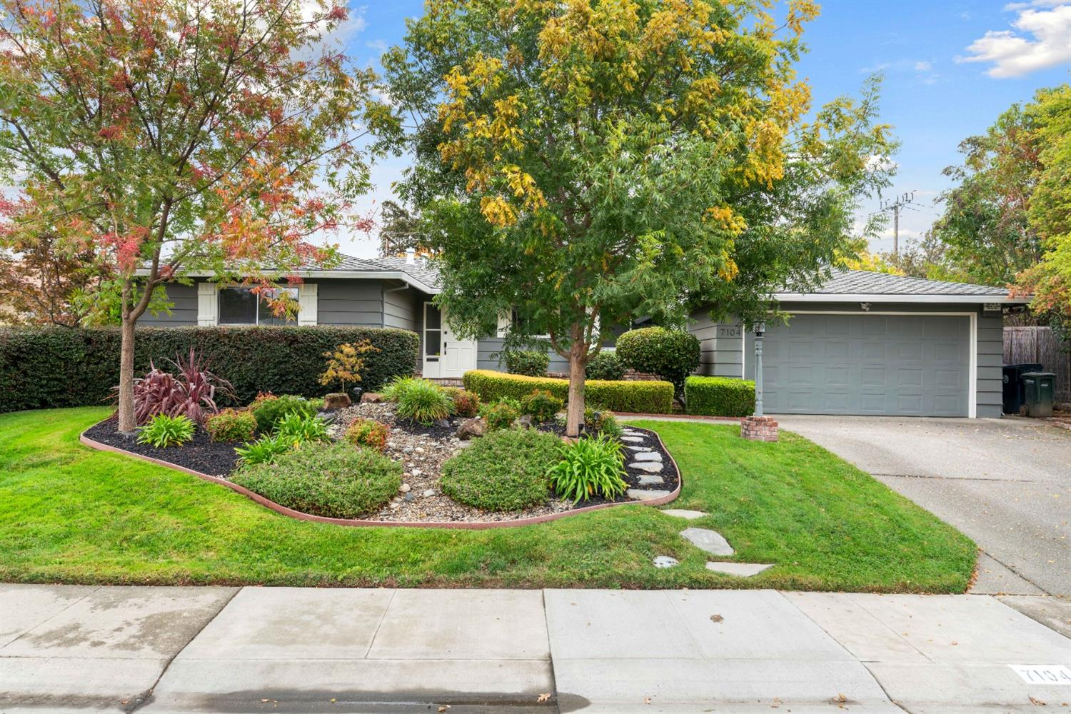 Beautifully updated home in prime location! South Land Park just outside of the Pocket. This quiet a